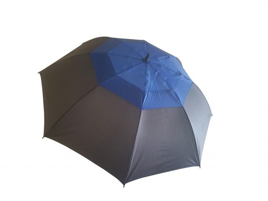 stort blått paraplyet